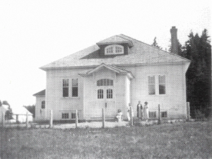 Metis Beach School in 1930, when it first opened at its current site Photo: Heritage Lower Saint-Lawrence